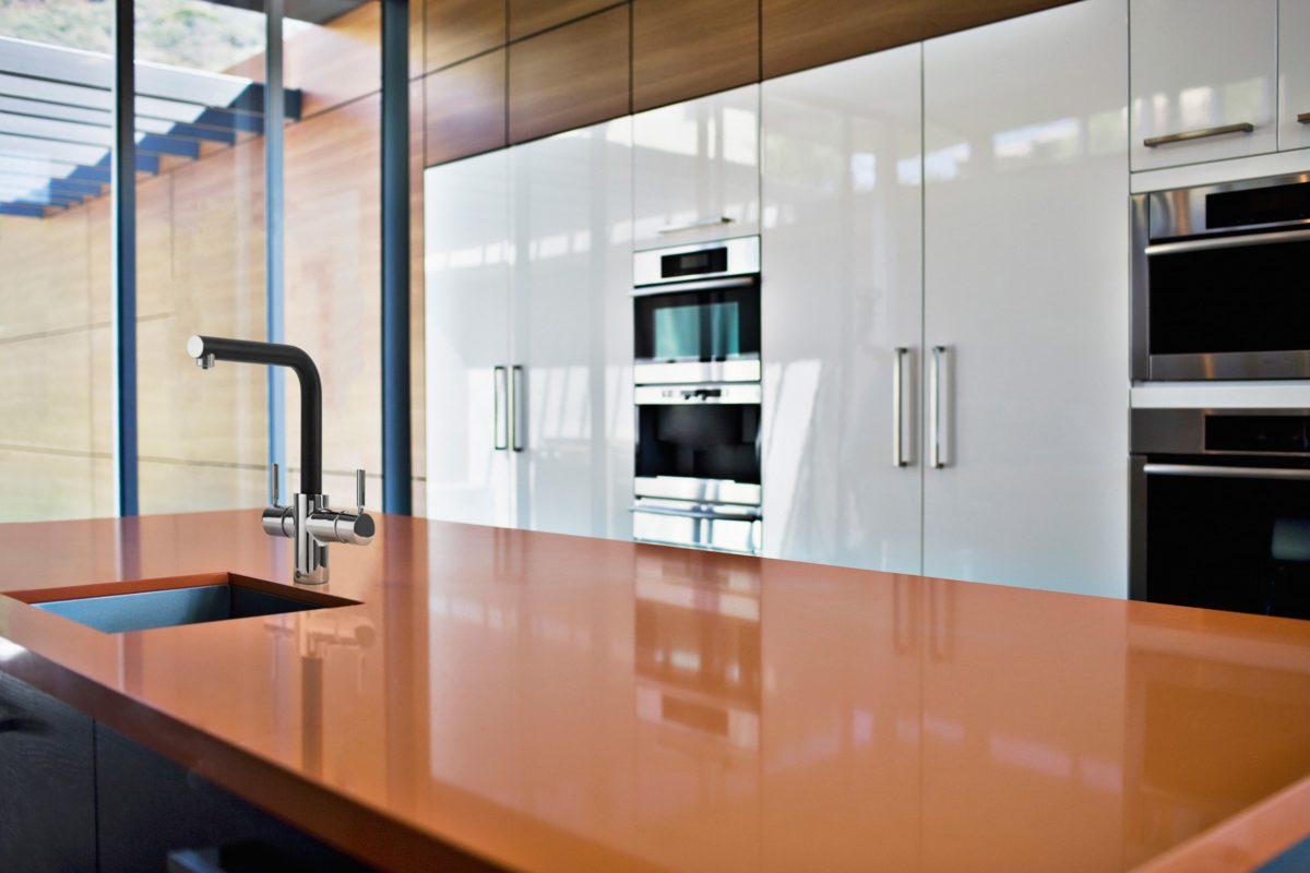 Blog-Granite-vs.-Quartz-countertops-1200x800