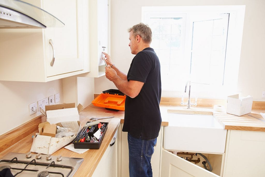 Installation-vs.-DIY-Cabinets-Blog